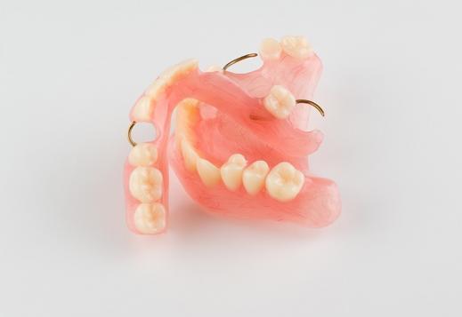 Prothèses dentaires amovibles Namur